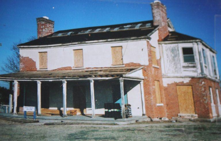 bluestem house before renovation